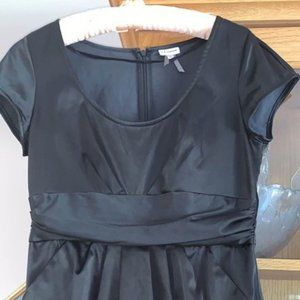2FOR$30 Like new black dress with pockets!